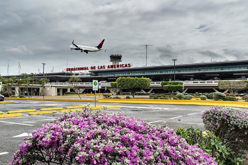 REPORTAGE AEROPORT DE LAS AMERICANA
